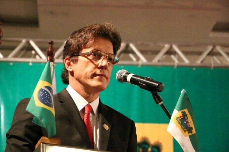 Governador sanciona Lei  que cria o Transporte Cidadão