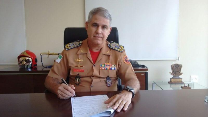 Comandante Geral do Corpo de Bombeiros assina o ato de promoção de mais 82 militares