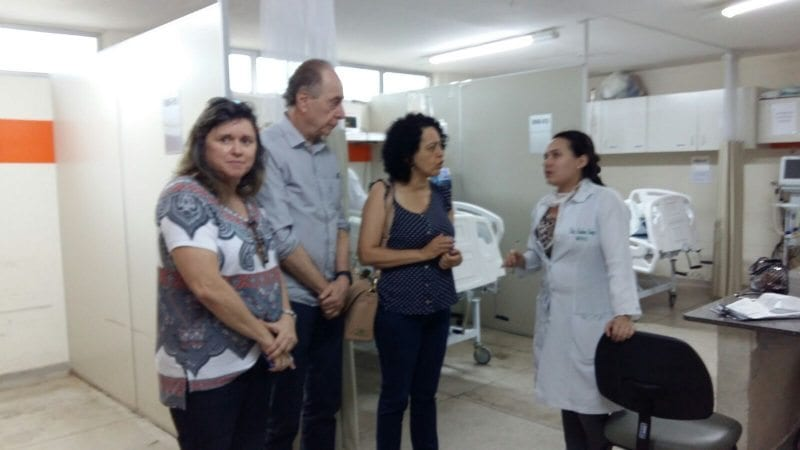 Com parte do hospital interditada, secretário Ricardo Lagreca visita unidade do Santa Catarina e anuncia medidas
