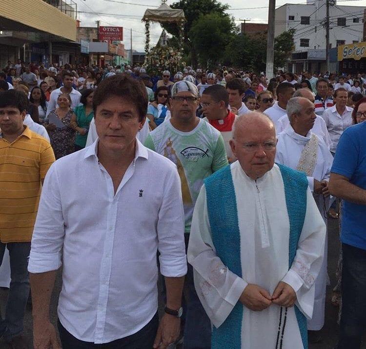 Governador participa da procissão de Nossa Senhora da Esperança