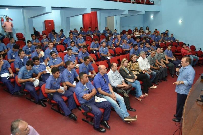 Saúde de São Gonçalo oferece treinamento para militares que vão reforçar combate a dengue