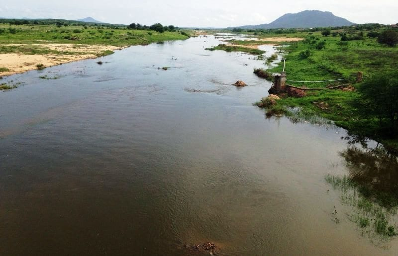 agua açude  seca Rio Piranhas - 02 de fevereiro de 2016