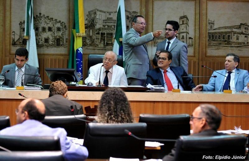 Câmara de Natal rejeita emendas que aumentam percentual do PIB na Educação