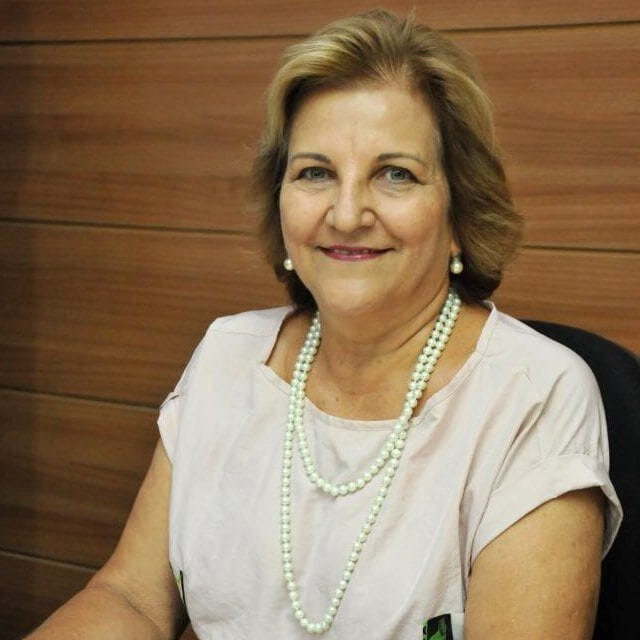 Justina Iva deixa a Secretaria de Educação, Walter Fonseca assume