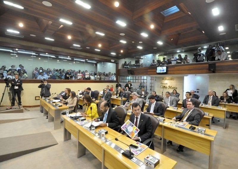 Deputados listam expectativas da administração estadual este ano