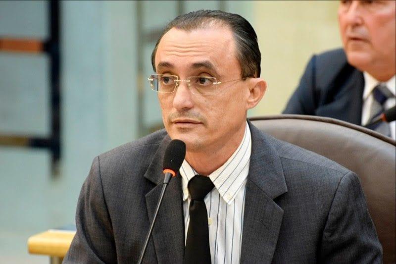 Deputado Souza solicita providências para reabertura do aeroporto de Mossoró