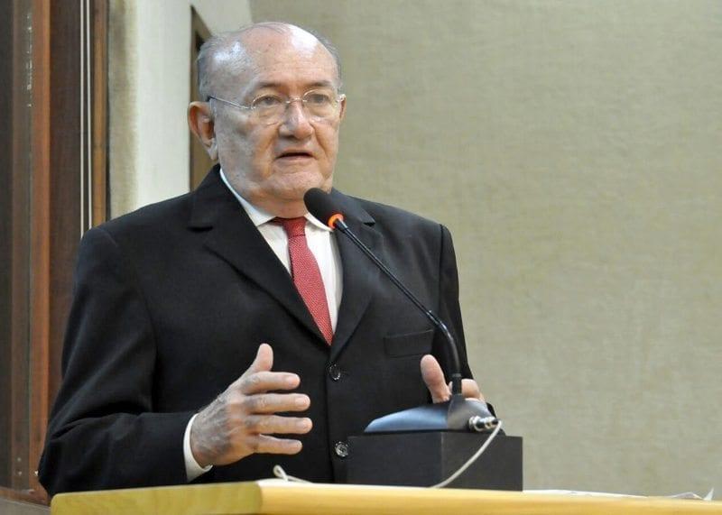 Deputado Vivaldo Costa solicita providências para adutoras do Seridó