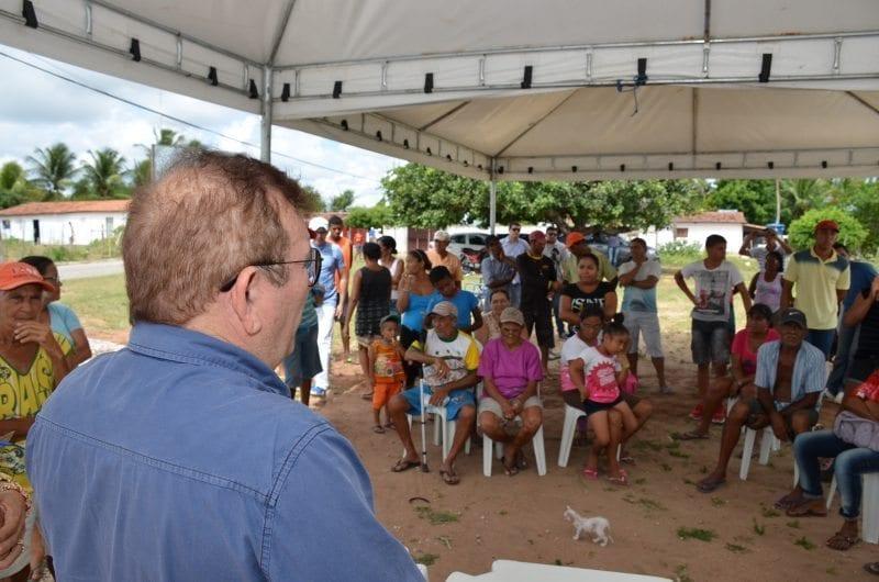 Prefeitura de São Gonçalo e Emater entregam sementes para 500 agricultores