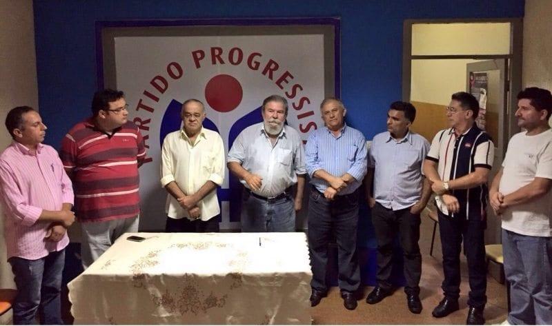 Chico da Prefeitura assina ficha de filiação ao PP de Mossoró