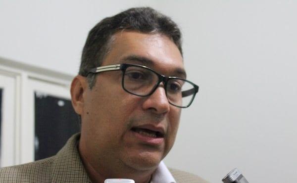 Governador anuncia que candidato a prefeito de Caicó será Nildson Dantas, plano B é o grupo de Vivaldo