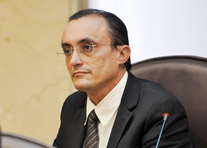 Deputado Souza solicita criação da Frente Parlamentar em Defesa dos Agentes de Saúde