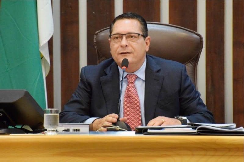 Deputado Ezequiel pede ações para abastecimento d'água no Agreste