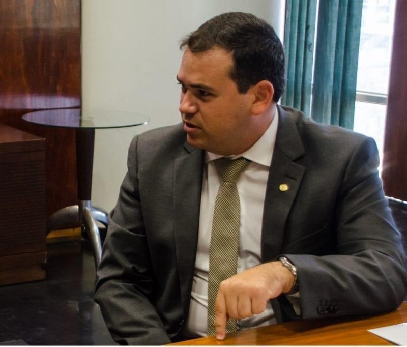 Deputado Beto Rosado apresenta projeto para reduzir preço de combustíveis