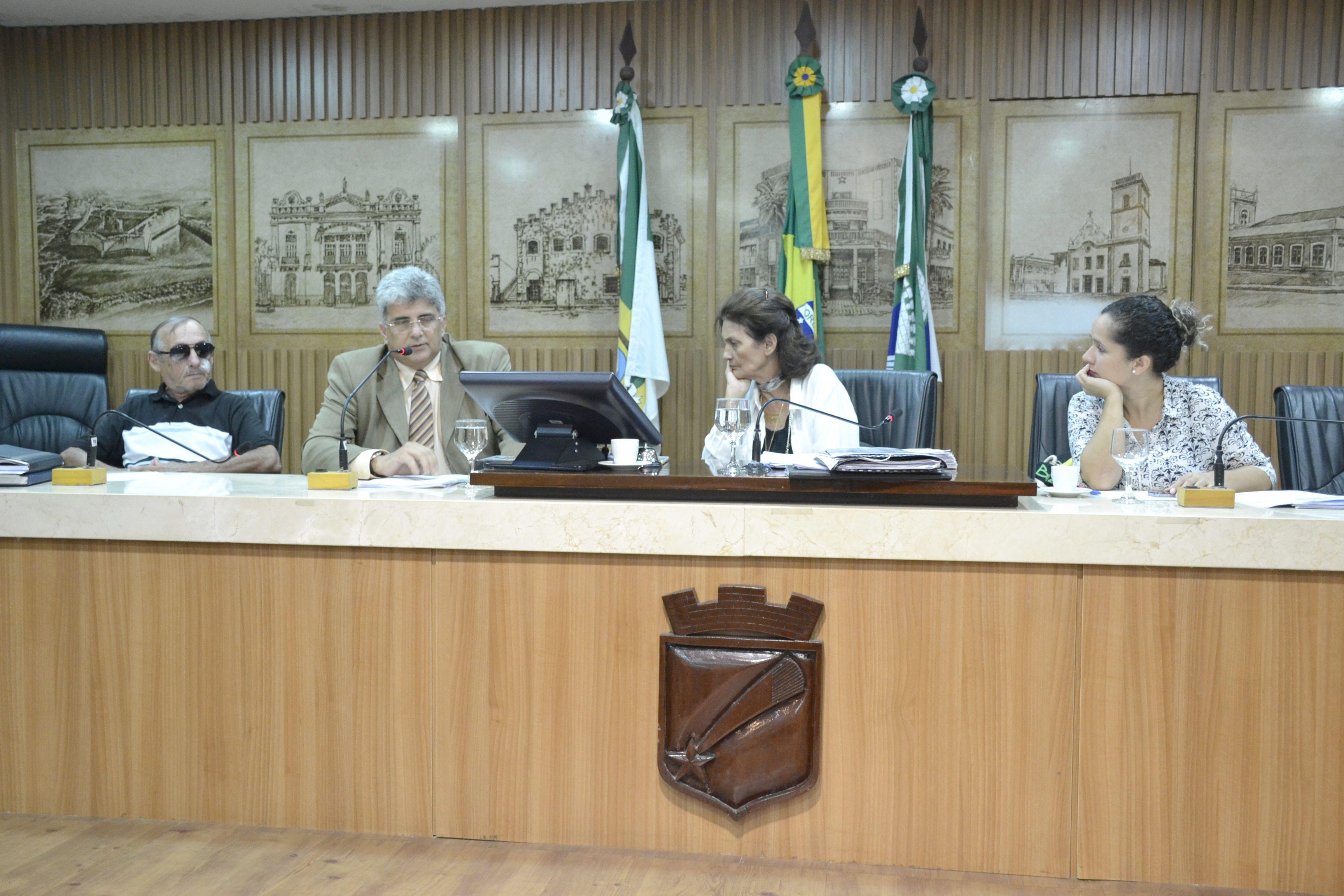Procurador Geral do Município explica vetos ao Plano Municipal de Educação