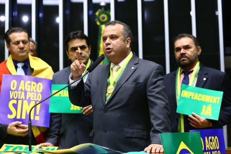 """Em discurso na Câmara, Rogério diz que """"golpe é mentira do PT"""""""