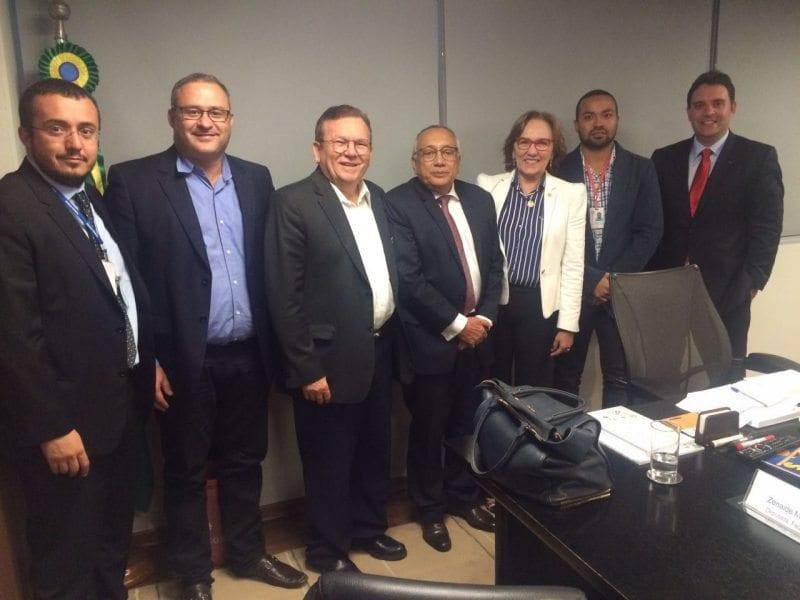 Prefeito Jaime Calado tem audiência em Brasília com a ministra das Cidades Inês Magalhães