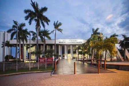 Justiça do Trabalho interdita o prédio da Secretaria Estadual de Saúde, em Natal