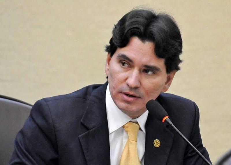 Deputado George Soares requer soro antiofídico para hospitais do interior do Estado