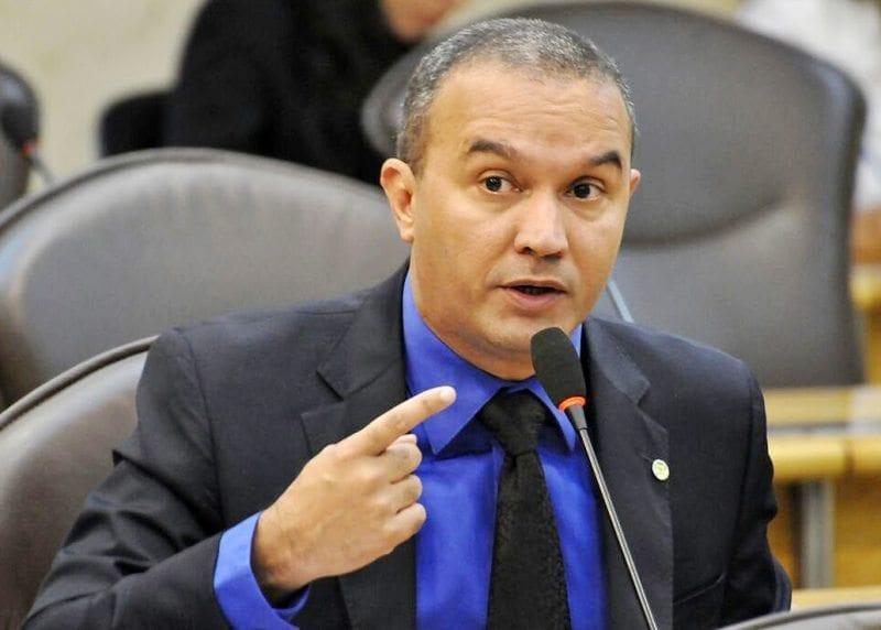 Assembleia aprova convocação de secretários de Justiça e  Segurança e comandante da PM para explicarem crise no sistema prisional