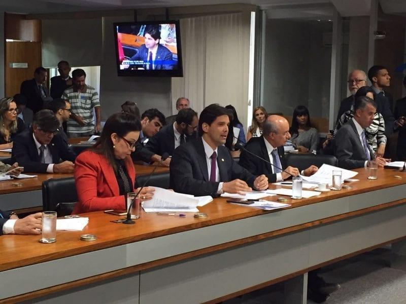 Medida Provisória que beneficia caminhoneiros e produtores rurais é aprovada