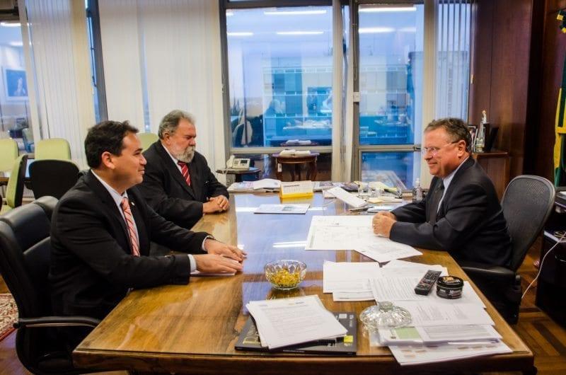 Deputado Beto Rosado se reúne com ministro da Agricultura