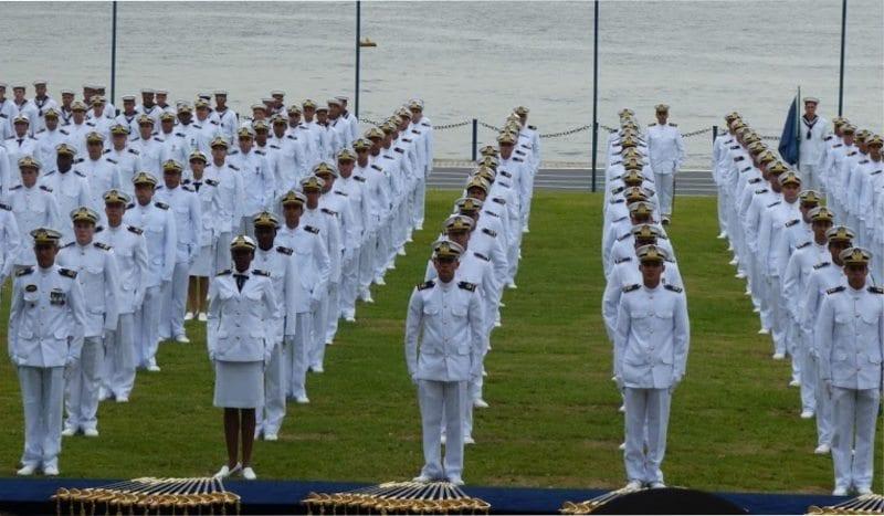 Marinha abre Concurso para 111 vagas da área de saúde para nível superior