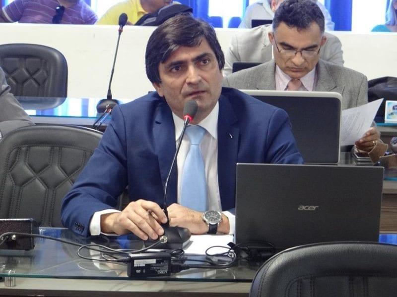 Câmara de Mossoró aprova emendas à LDO para ações de controle à reprodução animal