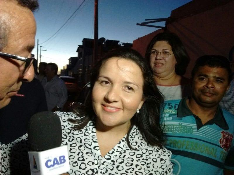 Vice-prefeita Lidiane Garcia assume titularidade de Areia Branca com a cassação da gestora Luana Bruno