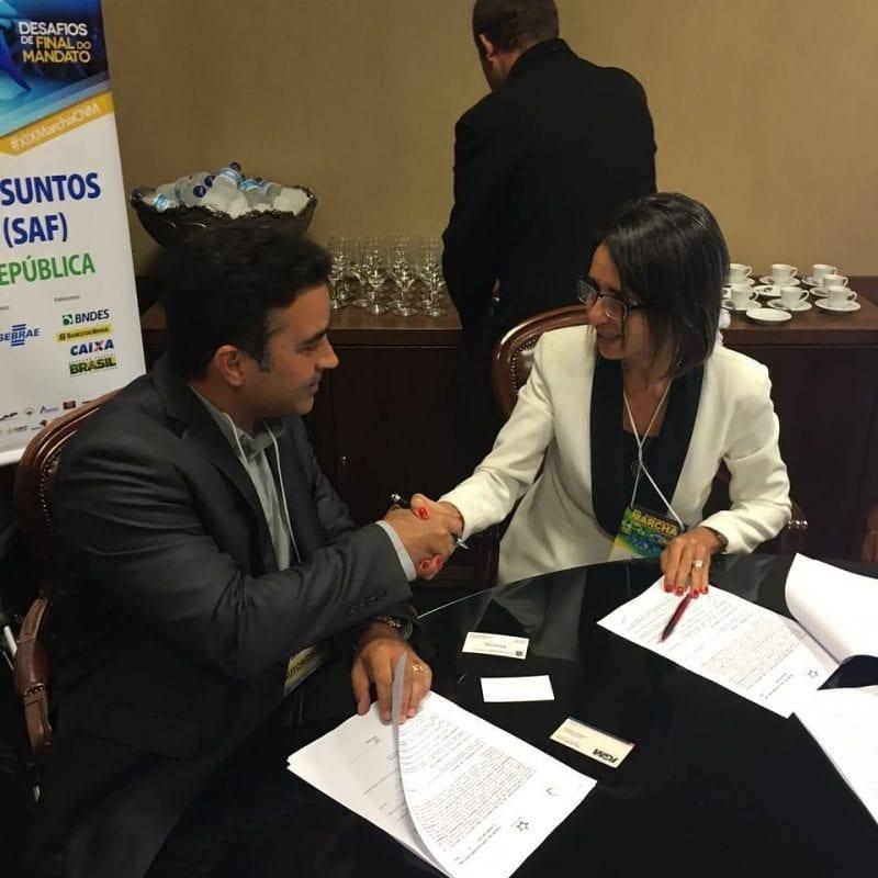 FEMURN assina termo de adesão ao Siconv e beneficia municípios do RN