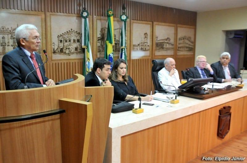 Câmara de Natal aprova passagens de ônibus para presidentes de conselhos comunitários