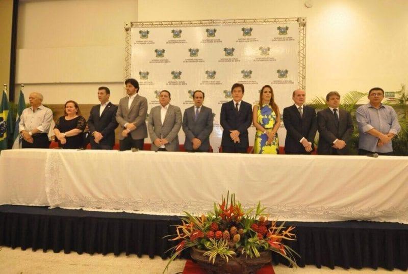 Governador Robinson Faria empossa oito novos auxiliares, veja fotos
