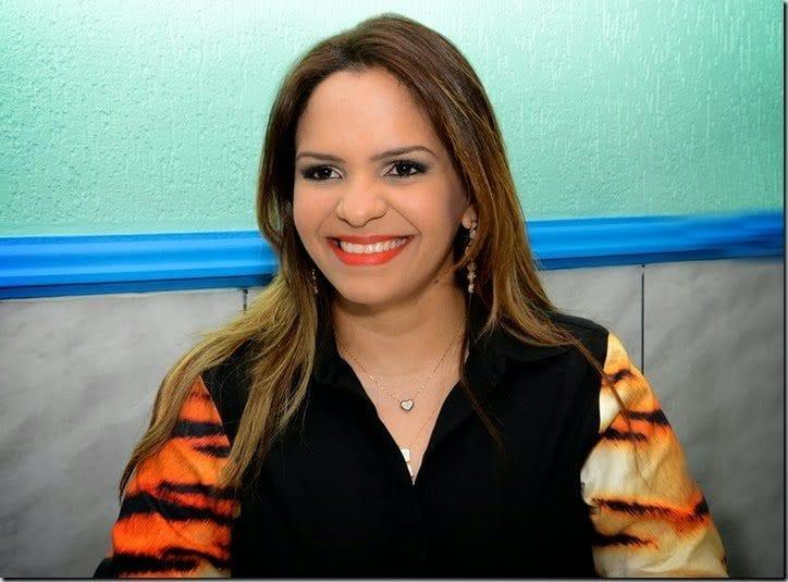 Prefeita cassada de Areia Branca, Luana Bruno emite nota sobre saída do Executivo