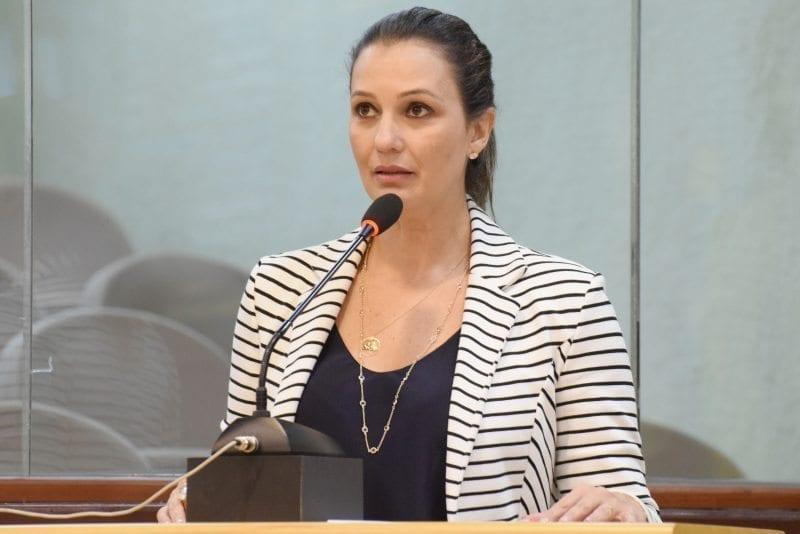 Deputada Cristiane Dantas eleita Parlamentar do Ano de 2016