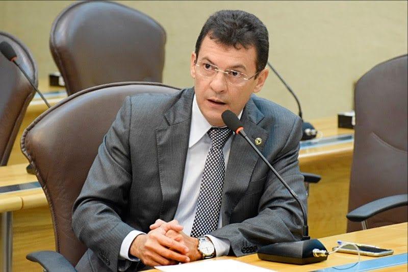 Deputado Dison Lisboa pede que nova titular da Educação amplie escolas de Baía Formosa