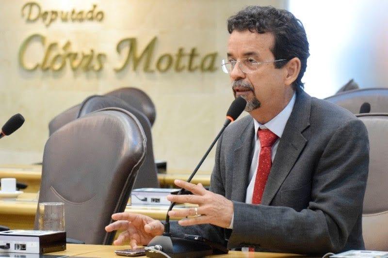 Deputado Fernando Mineiro critica medidas do governo Temer