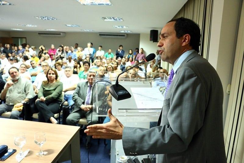 Governador em exercício sanciona projeto que cria Lei Orgânica e Estatuto do Itep