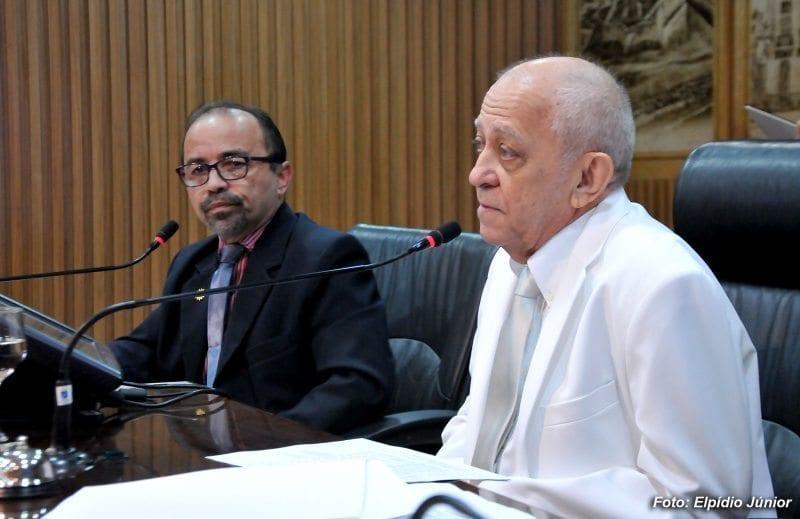 Vereadores iniciam votação de emendas à LDO