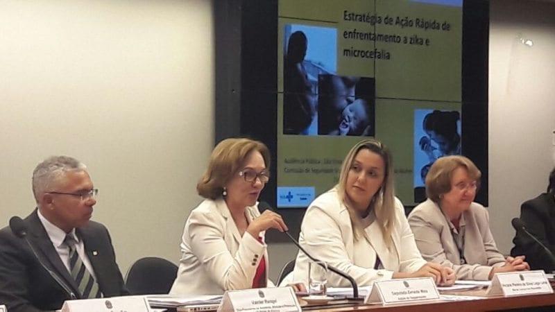 """Zenaide Maia discute """"Zika Vírus e Microcefalia"""" em audiência pública na Câmara"""