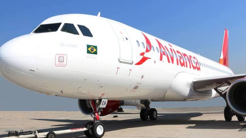 Uma empresa aérea quebra a cada dois anos no país
