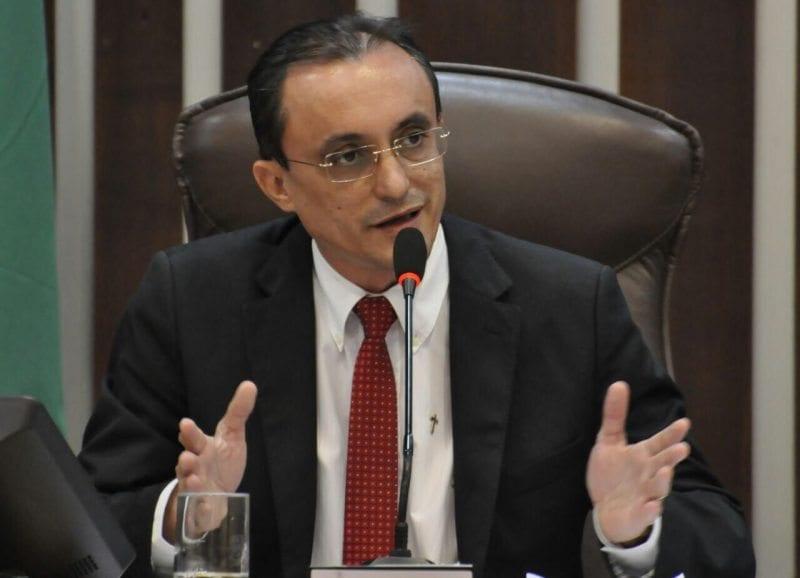 Deputado Souza pede que banco postal de Grossos não seja fechado