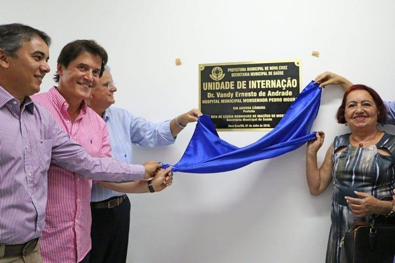 Governador participa de inauguração de hospital em Nova Cruz