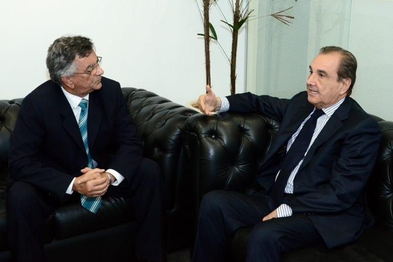 Senador José Agripino se reúne com superintendente do DNIT no RN