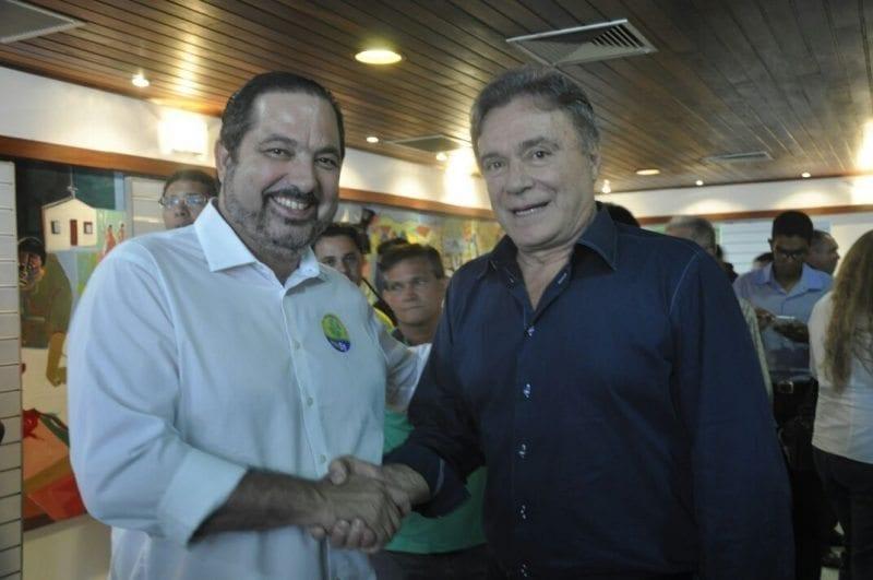 Senador Álvaro Dias, do PV, participa de evento partidário em Natal