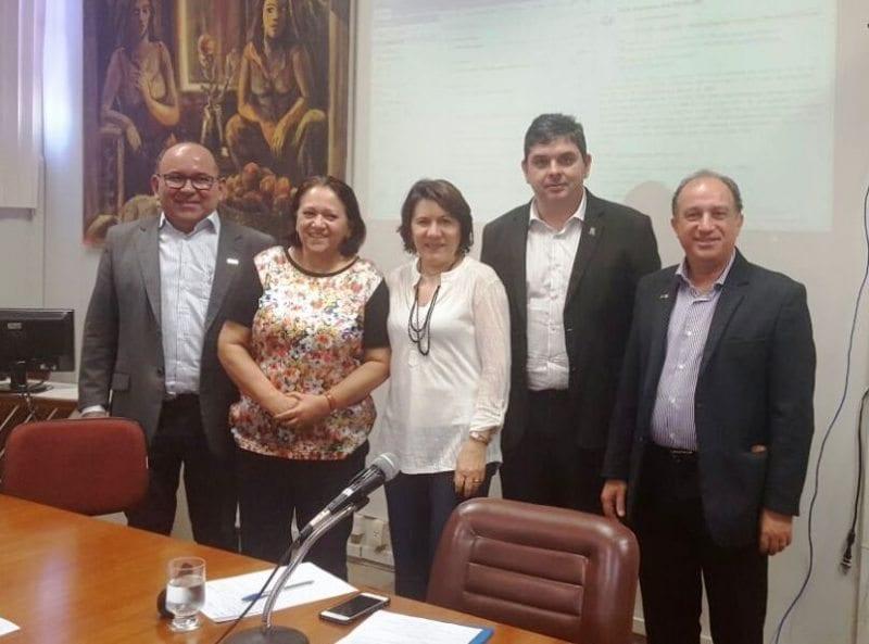 Senadora Fátima participa de reunião do Fórum de Reitores do RN