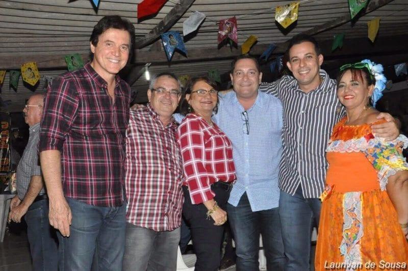 Ezequiel Ferreira e Robinson Faria nos festejos em Canguaretama