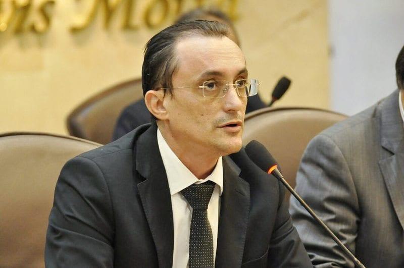 Deputado Souza apela ao Governo  para melhorar Estrada do Melão