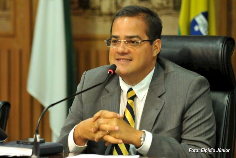 Júlio Protásio abre matrículas para cursos gratuitos de Informática e preparatório do Enem