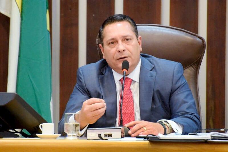 Deputado Ezequiel Ferreira homenageia o Ano da Mulher Advogada