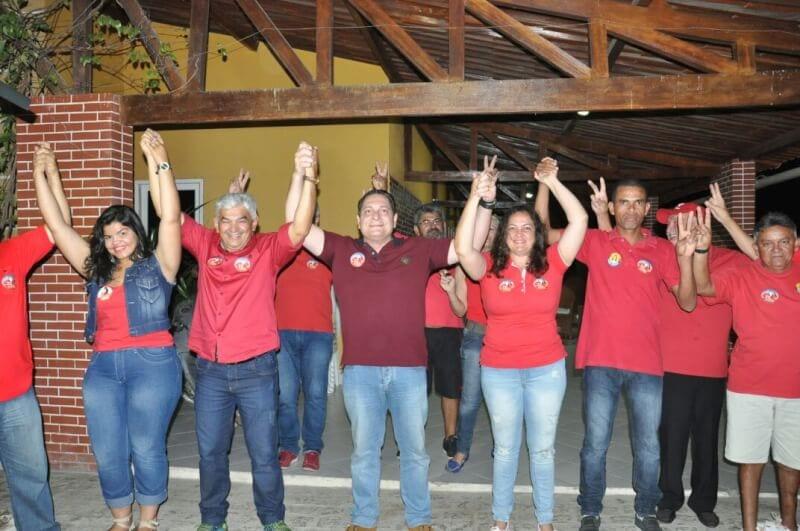 Deputado Ezequiel Ferreira participa de grande mobilização política em Carnaúba dos Dantas