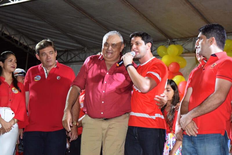 Deputado Rafael Motta participa de comícios em cinco municípios